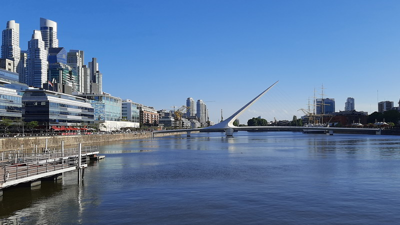 virtual tours Buenos Aires Puerto Madero Woman Bridge